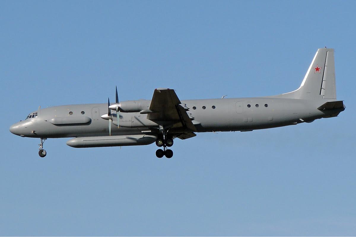 Ilyushin_Il-20M_ (2)