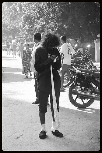 The Long Tie Beggar of Bandra Is Now In A Very Bad Shape by firoze shakir photographerno1