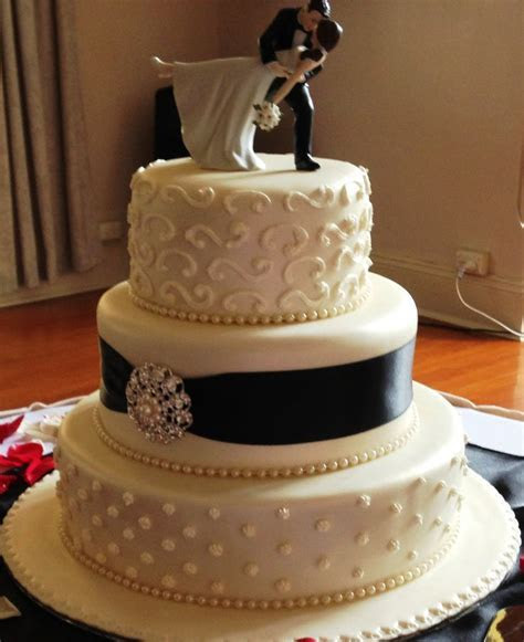 Most wedding cakes for you: 3 tiered wedding cake designs