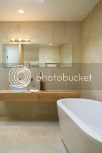 Lot6, common bath