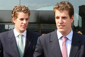winklevoss twins 300x200 بعد ثلاث سنوات من التسوية: التوأمان يرفعان قضية على فيسبوك