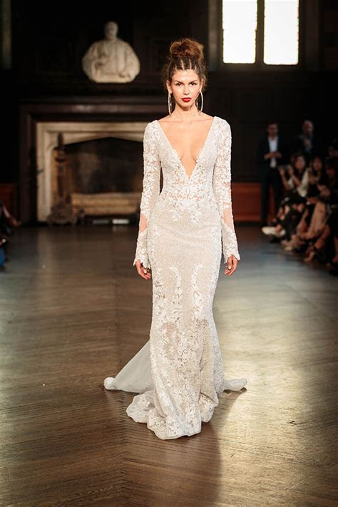 Berta Fall 2017   New York Bridal Fashion Week   Chic