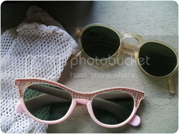 1930s round sunglasses 1950s pink cat eye sunglasses and vintage crochet gloves