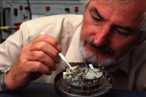 Heinrich Rohrer, en el laboratorio IBM de Zurich en el que trabajó 34 años.| IBM