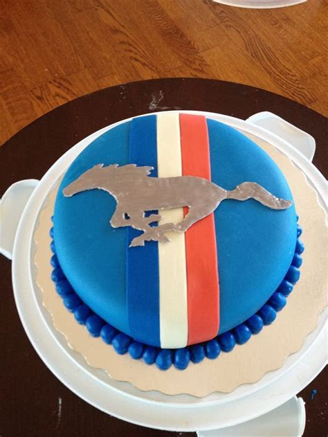 25  Best Ideas about Mustang Cake on Pinterest   Car cake