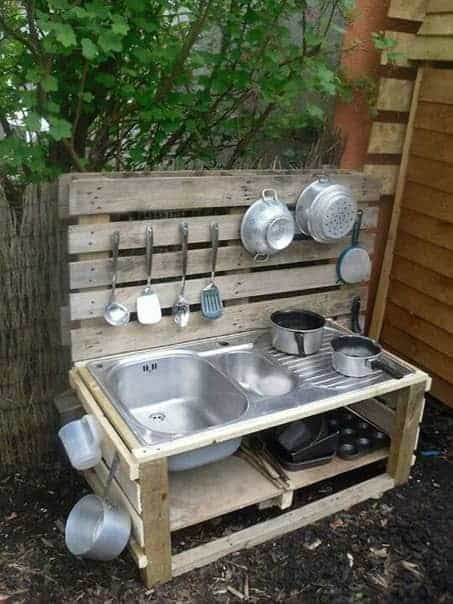 Top 20 of Mud Kitchen Ideas for Kids | Garden Ideas | 1001 ...