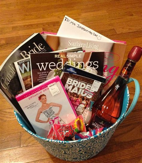 Best 25  Engagement gifts ideas on Pinterest   Engagement