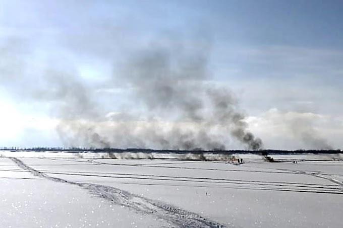 Югорчан предупредили не выходить на лед в месте прорыва продуктопровода