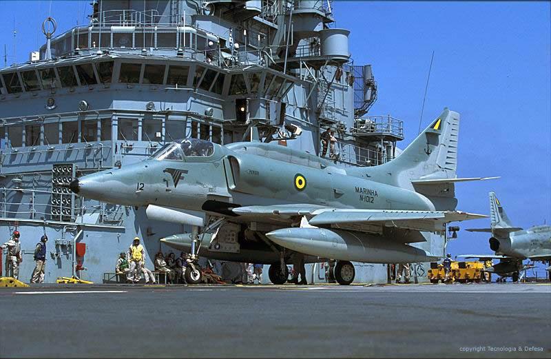 File:AF1 da Marinha do Brasil 2.jpg