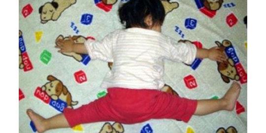 77 Koleksi Gambar Anak Kecil Tidur Lucu Terbaik