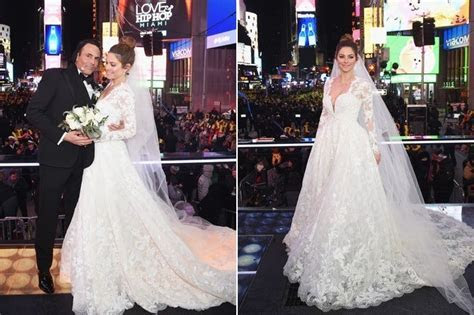 Maria Menounos   Celebrity Wedding Dresses   StyleBistro