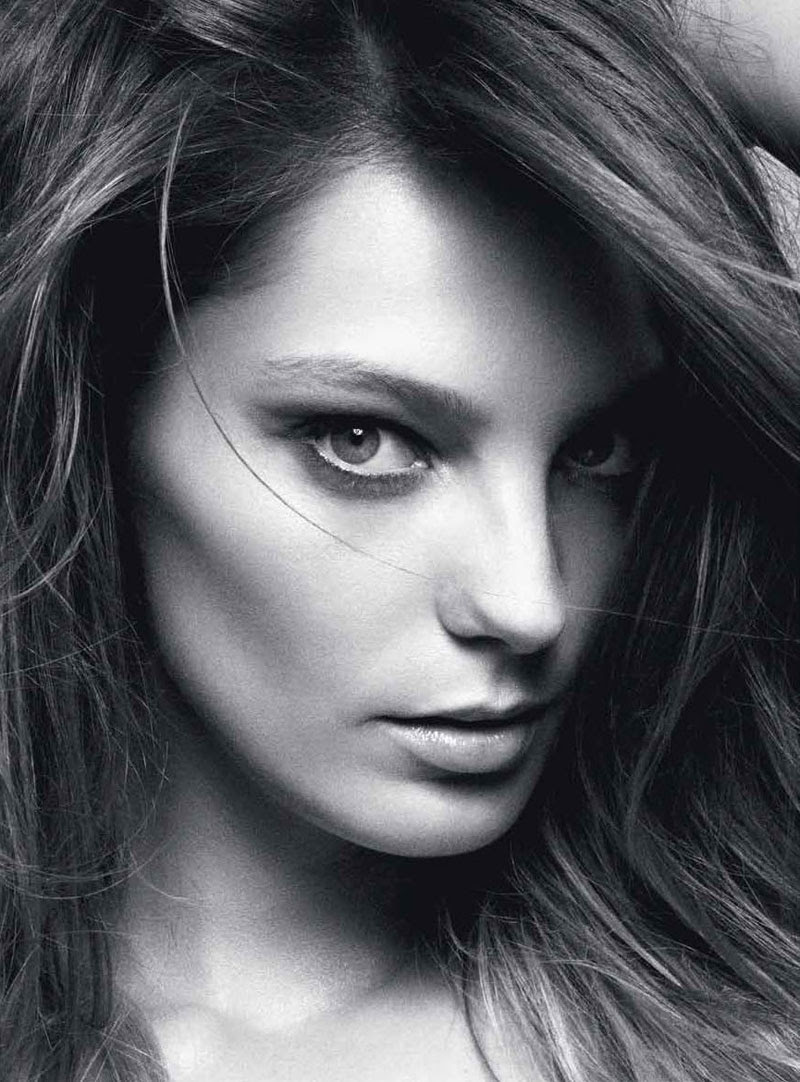 daria werbowy4 Daria Werbowy by Daniel Jackson for Vogue Australia June 2012