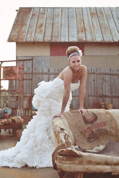 Wedding Dress Made out of Toilet Paper?   Tracye Hutchins