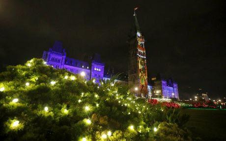 Đẹp mê hoặc đêm trước Giáng sinh ở nhiều nơi trứ danh TG