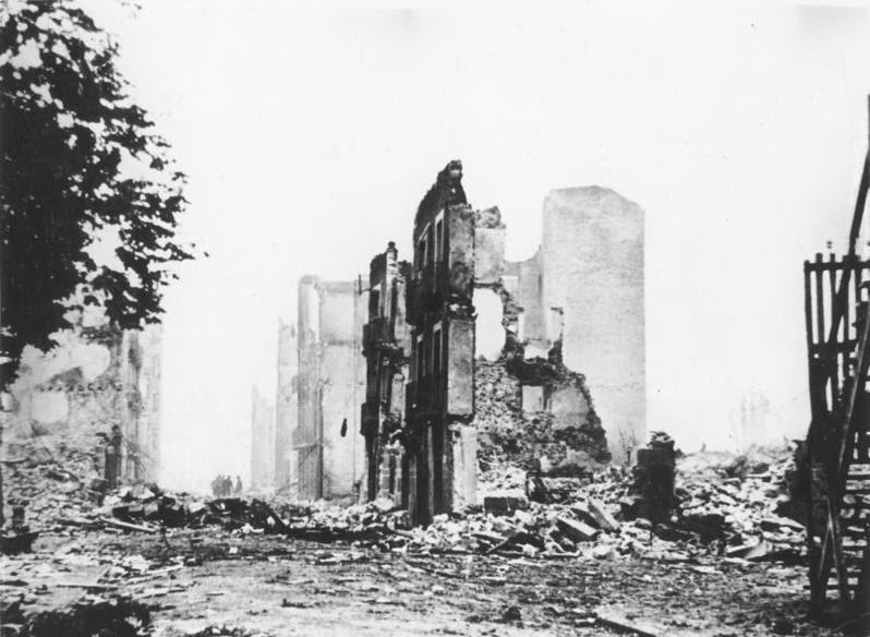Bundesarchiv Bild 183-H25224, Guernica, Ruinen
