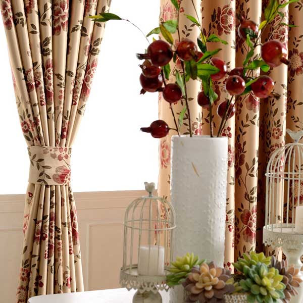 Selecting Floral Curtains For Home Decor