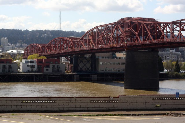 Broadway Bridge, April 2011