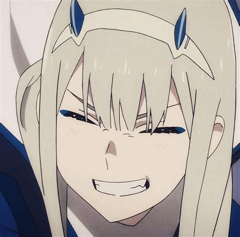 pin de avy em  darling   franxx anime escuro