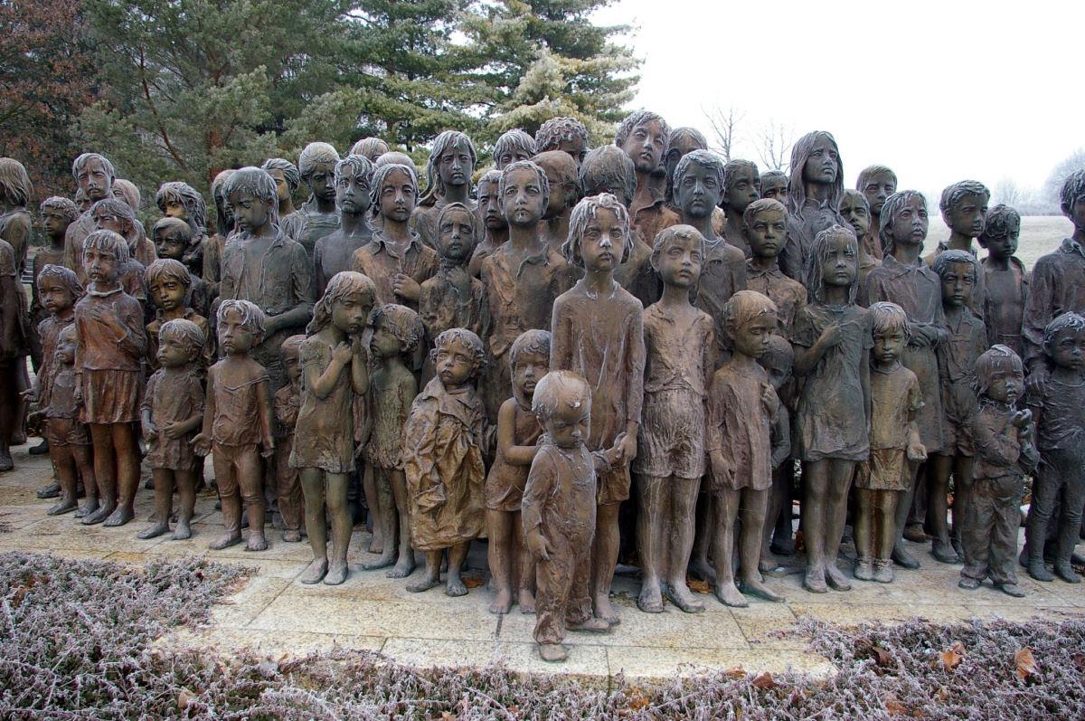 Memorial das Crianças Vítimas de Guerra em Lidice 01