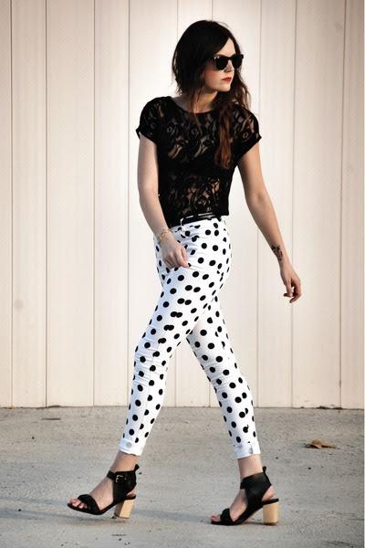 Motel-rocks-jeans-zara-heels-lace-zara-top_400