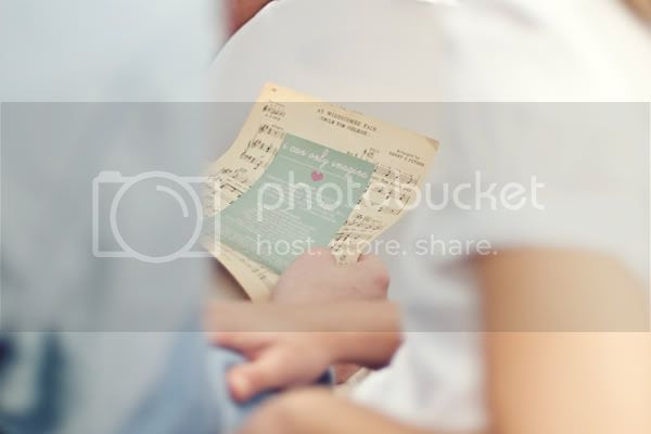 http://i892.photobucket.com/albums/ac125/lovemademedoit/Benjo_BLOG_003.jpg?t=1275496308
