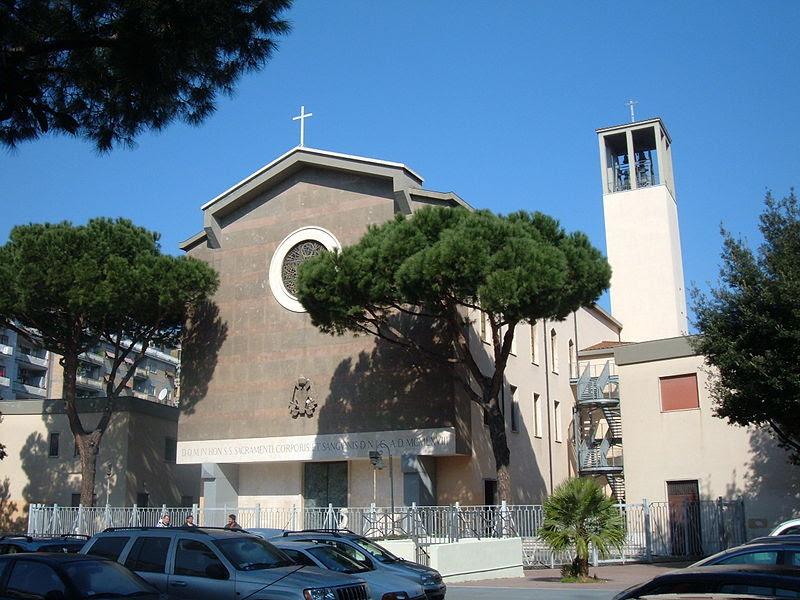 File:Prenestino-Labicano - Santissimo Sacramento 1.JPG