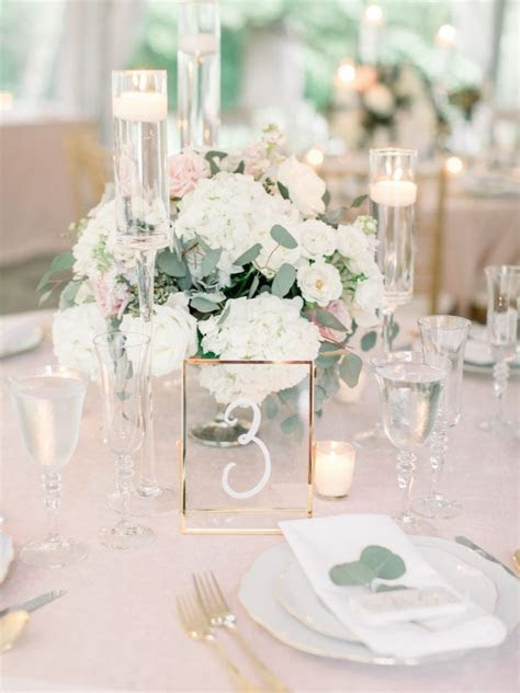 20 Breathtaking Wedding Centerpiece Ideas for Spring 2019