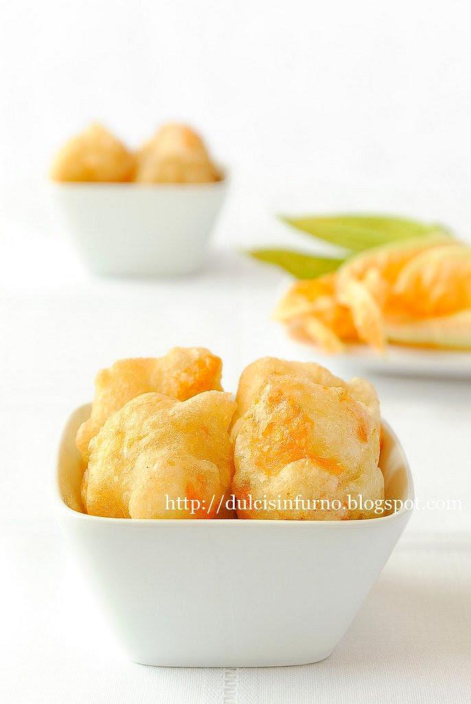 Frittelle ai Fiori di Zucca Lievitate-Yeast-Leavened Zucchini Flower Fritters