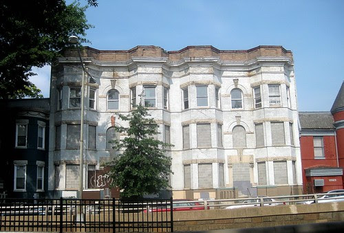 Empty Building on North Capitol NW by Scenic Artisan