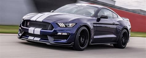 ford mustang shelby gt  motore potenza prezzo
