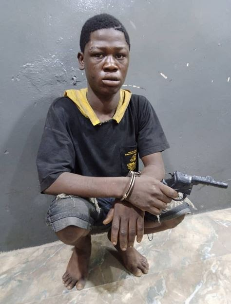 Photo Of 19-year-old Suspected Robber Arrested With Toy Gun In Lagos
