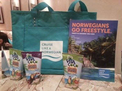 Screening Dolphin Tale 2 with The MOMs and Norwegian Cruise Line