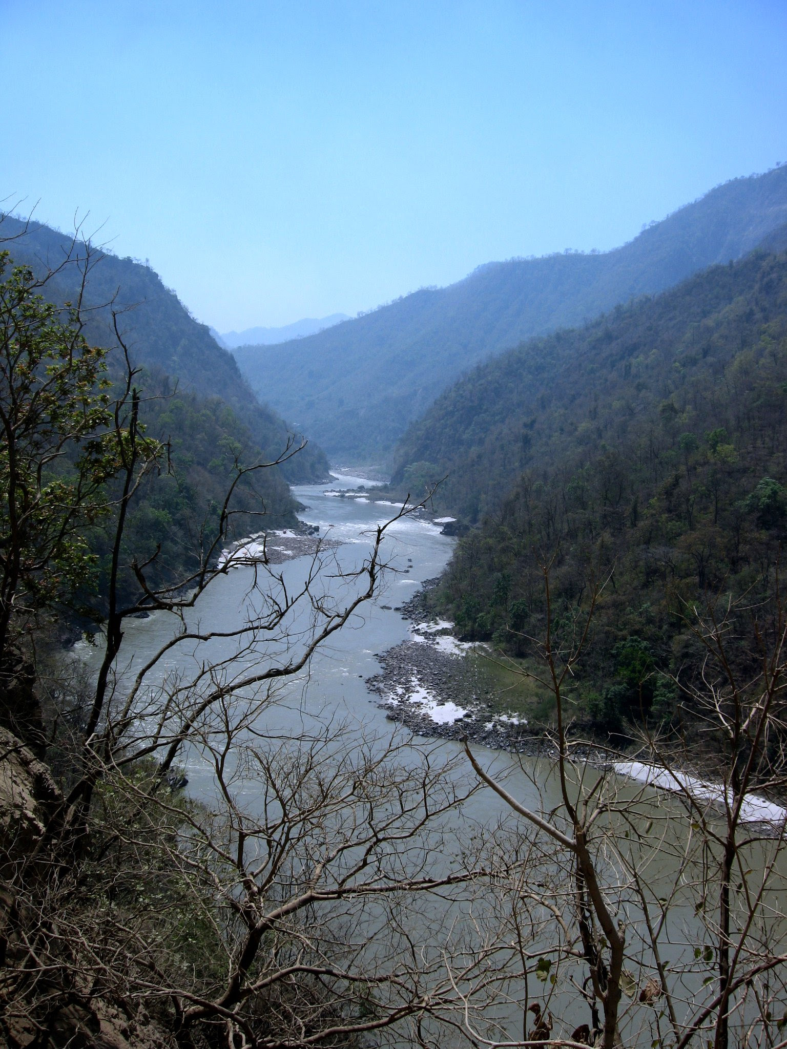 File:River Ganga meandering through the Shivalik ranges, Rishikesh.jpg