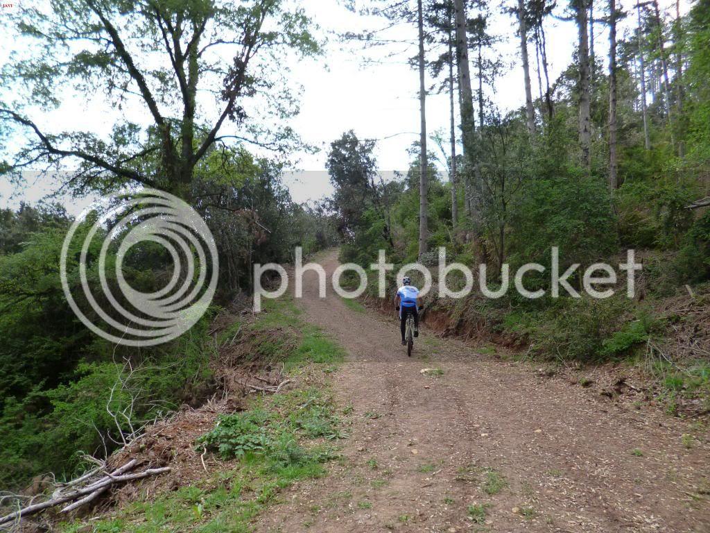 photo VUELTAMONTEJURRABTT21-04-14020_zps4b069861.jpg
