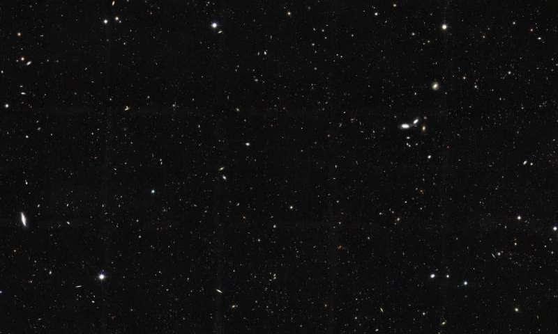 A nova estimativa para o número de galáxias é 10 vezes maior do que o que se vê nesta imagem (Foto: NASA / ESA / The GOODS Team / M. Giavalisco (UMass., Amherst))
