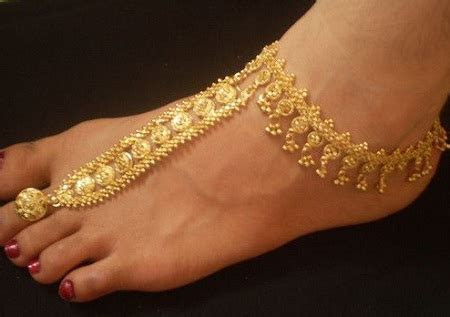 12 Bridal Anklet Designs for Wedding Day That you will Love