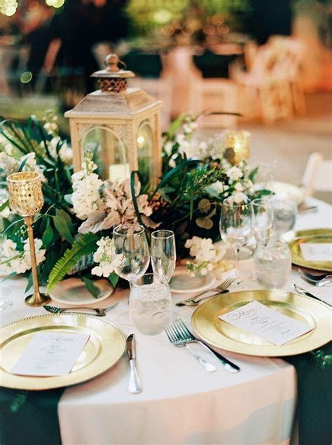 Earthy   Emerald Addison Wedding in Florida   Dec wedding