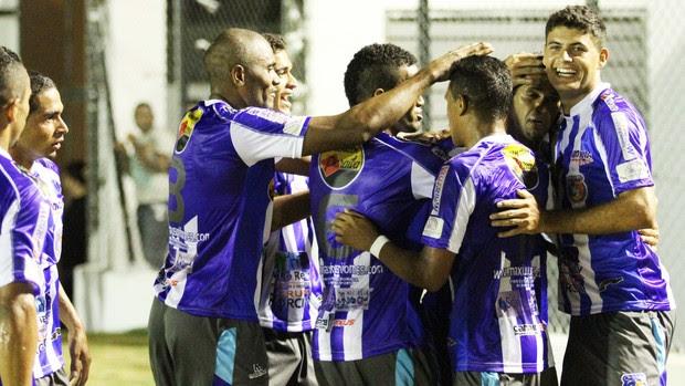 Treze 1 x 1 Cruzeiro-PB, no Estádio Presidente Vargas (10ª rodada da 1ª fase do Campeonato Paraibano 2013) (Foto: Magnus Menezes / Jornal da Paraíba)