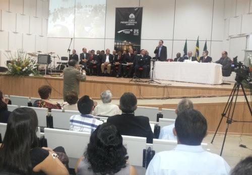 Entre os pastores presentes, o reverendo Aldenisio presidente do Presbitério Sul da Paraíba