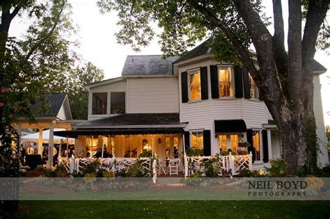 The Matthews House in Cary, NC. Raleigh weddings