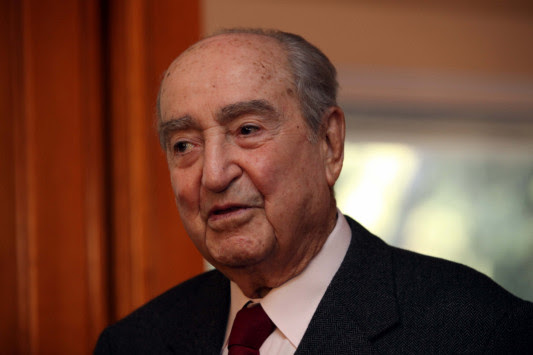 Πέθανε ο Κωνσταντίνος Μητσοτάκης