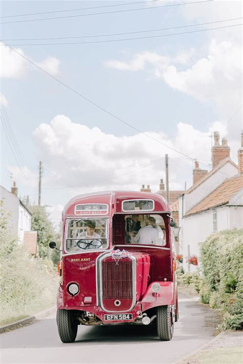 featured wedding dani  english country wedding