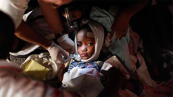 http://www.rtve.es/imagenes/nina-herida-recibe-atencion-medica-puerto-principe/1263869341588.jpg