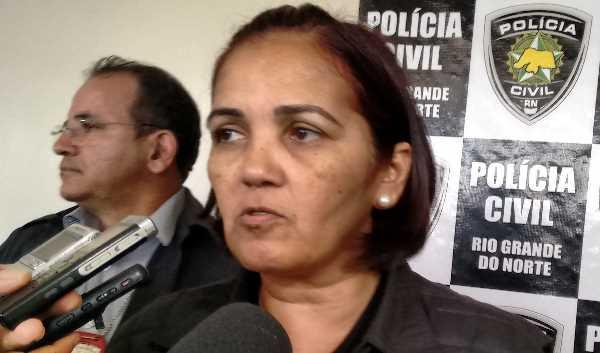 Delegada-Sheila-Freitas-da-Deicor-diz-que-cinco-presos-comandam-crimes-de-dentro-dos-Presídios