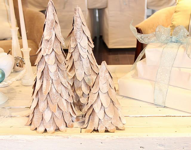 5 DIY Cardboard Christmas Trees | Shelterness