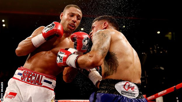 British boxer Kell Brook fights Mexican Alvaro Robles