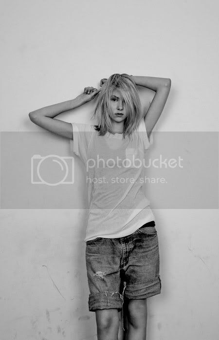 Taylor Momsen Pictures, Images and Photos