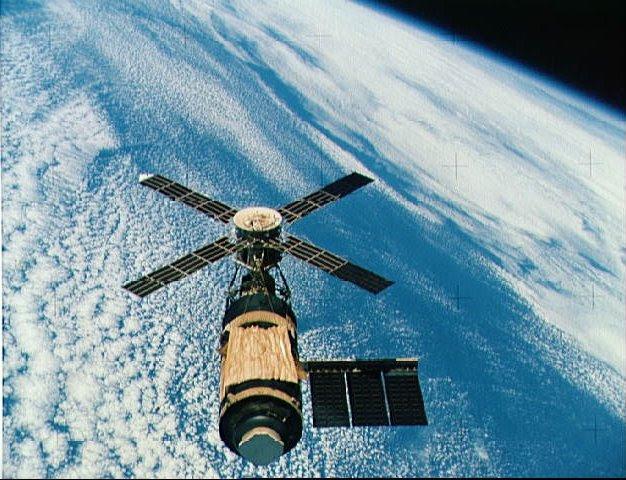 1- skylab