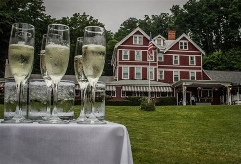 Springside Inn in Auburn NY.   Finger Lakes Weddings