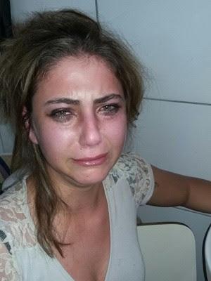Foto mostra Luciana pouco depois de ser atacada por alunas em escola de Parobé rs (Foto: Arquivo pessoal)